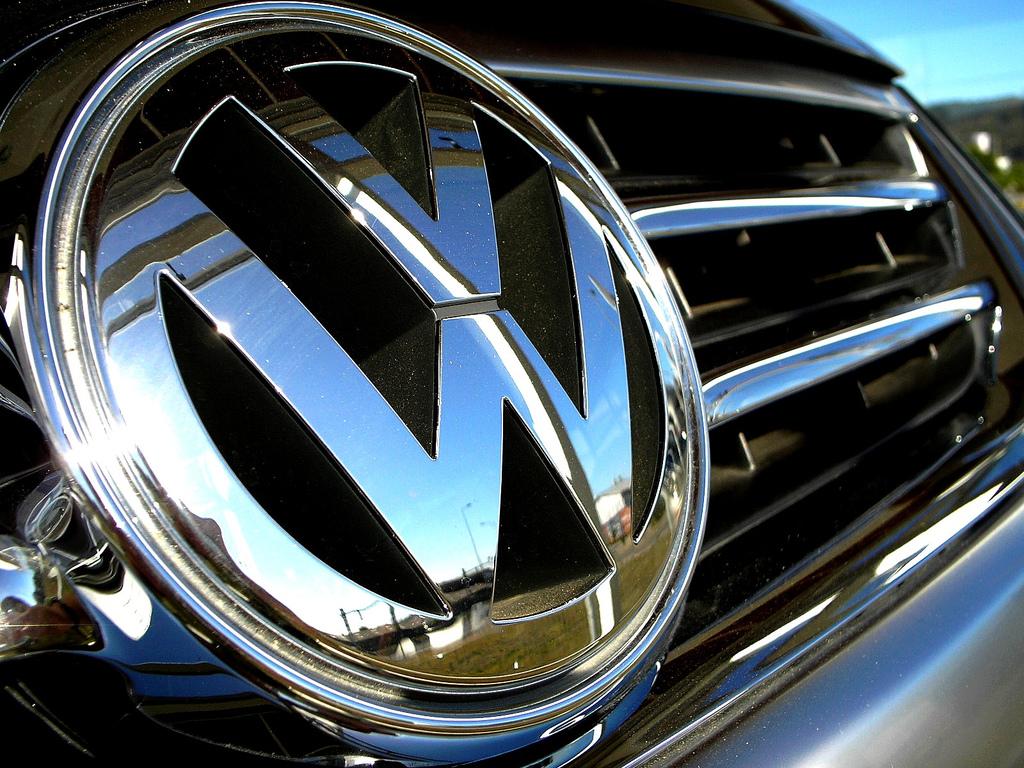 Красивые картинки с логотипами машин менее, подавляющее